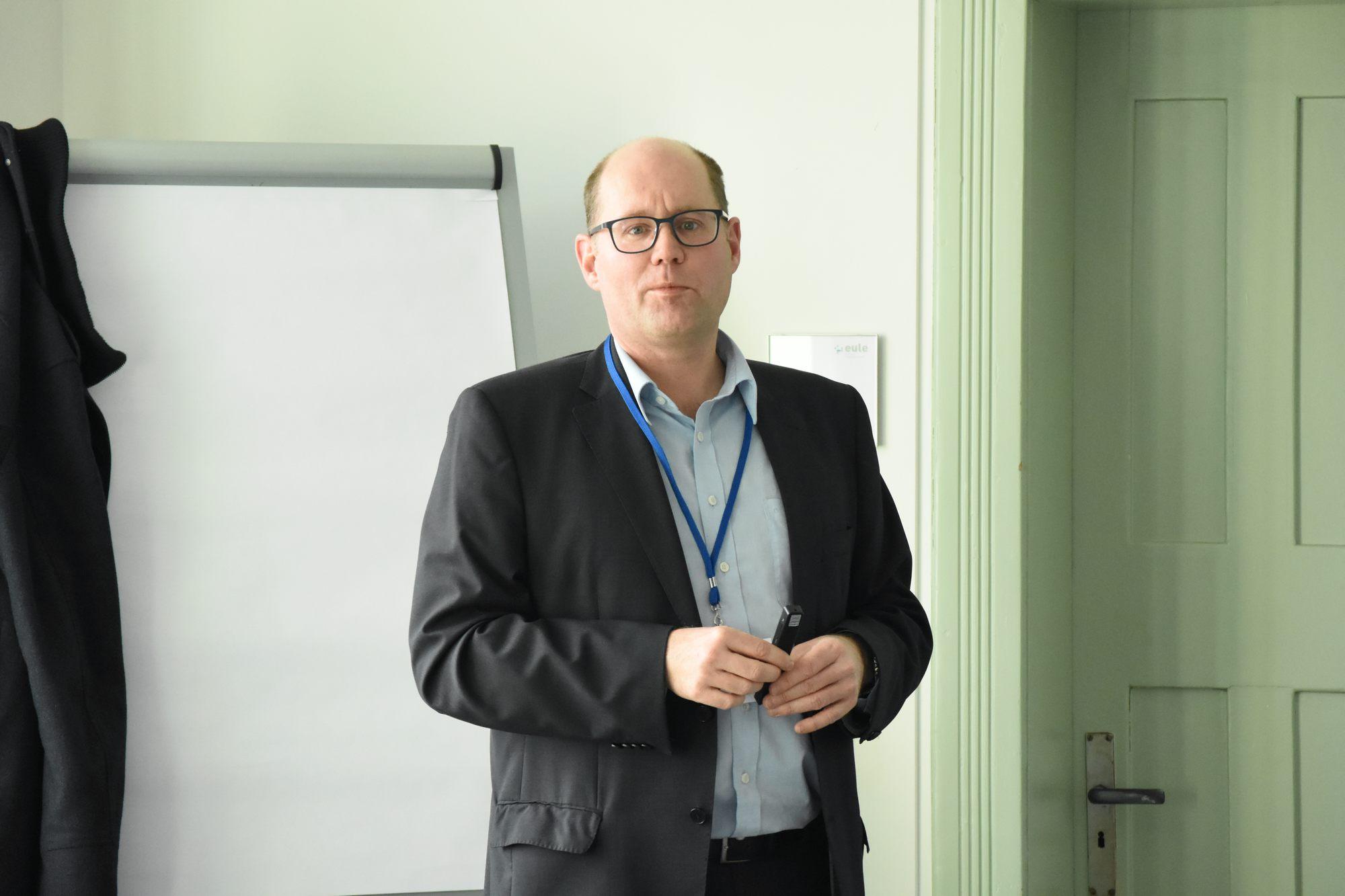 Markus Schmid von der IHK Ostwürttemberg