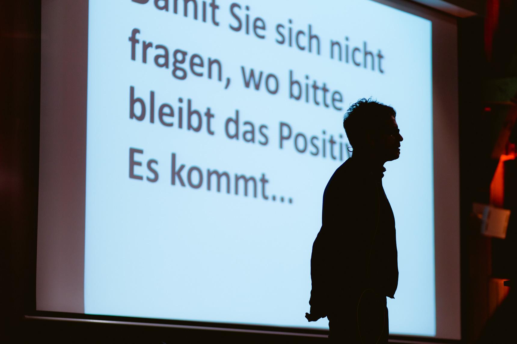 Foto: ... mit seinem Vortrag.